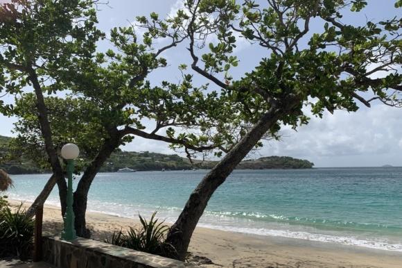 Ø-hop fra Barbados til Grenada inkl. sejltur i Grenadinerne